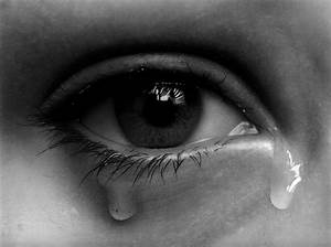 crying eye drawing (redraw) by hg-art on DeviantArt