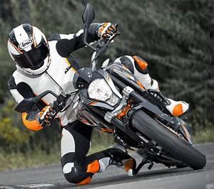 Fiche Technique Ktm Duke 125 : ktm 390 duke 2015 fiche moto motoplanete ~ Medecine-chirurgie-esthetiques.com Avis de Voitures