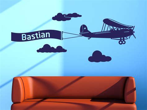 Wandtattoo Kinderzimmer Flugzeug by Wandtattoo Flugzeug Mit Wunschname Klebeheld De