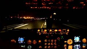 737-300 Despegando De Cancun De Noche