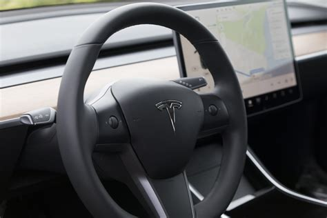 View How To Turn Off A Tesla 3 Pictures