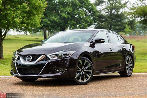 Nissan Car : Four Doors Yes, Sports Car No