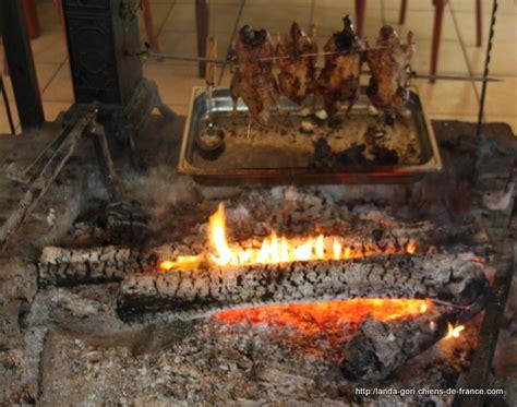 cuisine feu de bois photo landa gori elevage de landa gori eleveur de