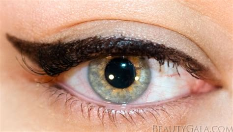 perfect cat eye milani eye tech bold liquid