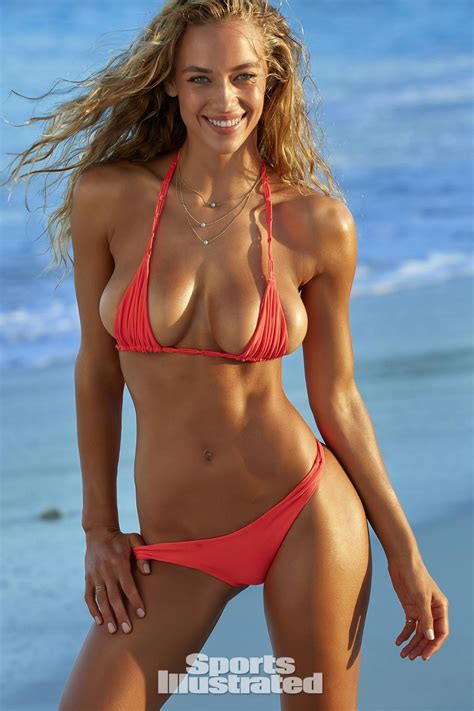 si e auto age ferguson in sports illustrated swimsuit issue 2016