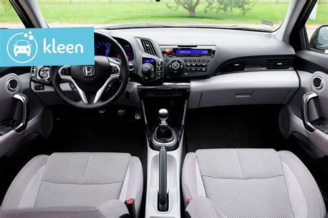 astuces pour nettoyer des sièges de voiture en tissu
