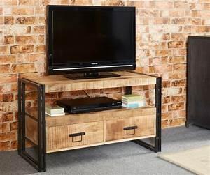 Meuble Tele Industriel : le meuble tv style industriel en 50 images ~ Teatrodelosmanantiales.com Idées de Décoration