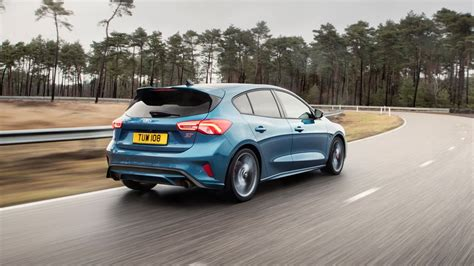 2020 ford focus rs st revealed 2020 ford focus st drive car news