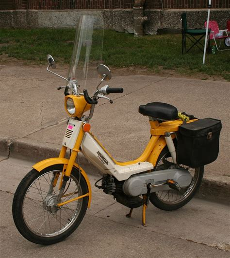 Honda Moped by Honda Pa50