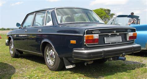 File:1975 Volvo 164E rl.jpg