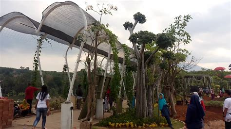 watu gajah park taman wisata keluarga bergas kabsemarang