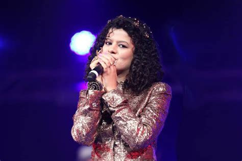 Palak Muchhal Wiki-biography-age-height-weight