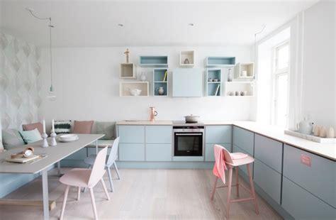 cuisine bleu pastel best meuble cuisine peint en bleu contemporary amazing