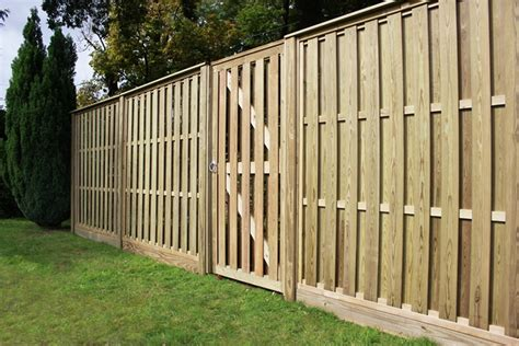 6x6 Trellis Panels by Vertical Hit And Miss Fence Panels Jacksons Fencing