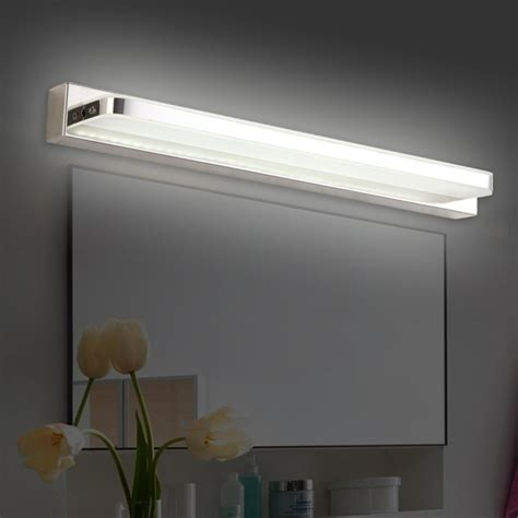 Bathroom Light Fixtures Above Mirror by 3 Stylish Modern Bathroom Lighting Fixtures Mirror