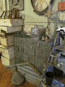 Objet Deco Industrielle : brocante objets d co brocante d co vintage industrielle meuble d 39 atelier meuble de m tier ~ Teatrodelosmanantiales.com Idées de Décoration