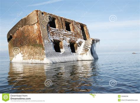 abandoned house in water royalty free stock photos image