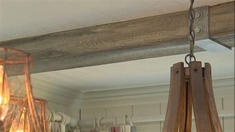 de belles poutres au plafond