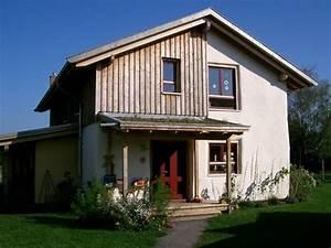Strohhäuser In Deutschland : stroh lehm haus h user pinterest lehm stroh und haus bauen ~ Markanthonyermac.com Haus und Dekorationen