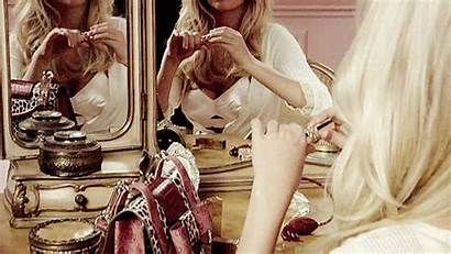 Makeup Kate Upton Gifs Mirror Vanity Giphy