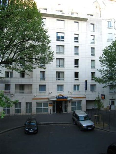citadines montmartre the entrance picture of citadines montmartre tripadvisor