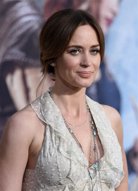 Check out full gallery with 1255 pictures of emily blunt. Emily Blunt's Mary Poppins Will Differ From Julie Andrews'   Time