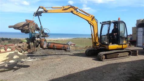 jcb  ton excavator rubber tracks youtube
