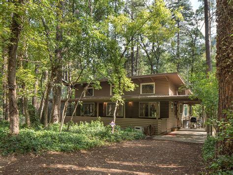 cabins in sedona charming log cabin on oak creek sedona vrbo