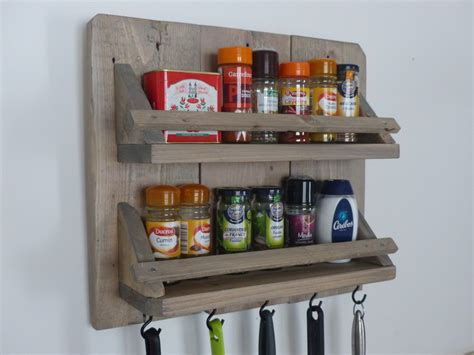 ustensile de cuisine en bois porte épices et ustensiles de cuisine en bois cuisine et
