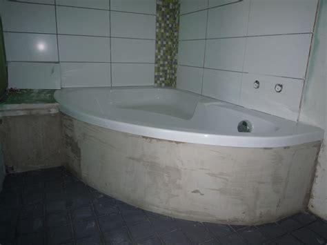 trappe de visite sur baignoire d angle arrondie 7 messages