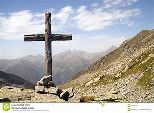 Wooden Cross Royalty Free Stock Photography - Image: 3159467