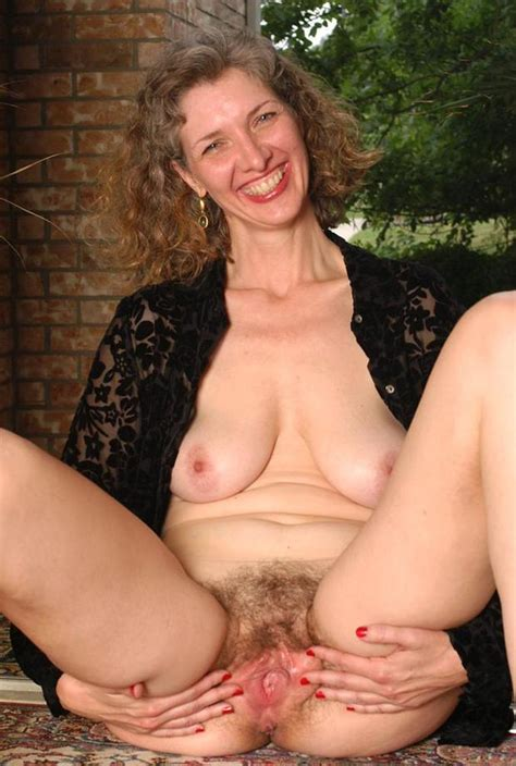 Hairy Mom Amateur In Action