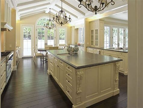 kitchen cabinets in white best 25 country kitchens ideas on 6155