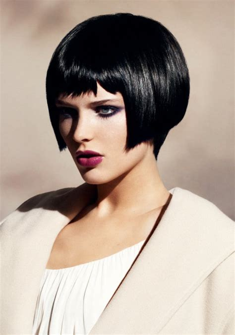 cheveux frange raides coiffure frange raides