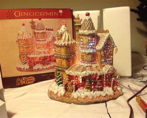 cracker barrel large fiberoptic gingermint gingerbread house