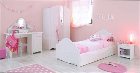 chambre minnie pas cher chambre fille chambre a coucher fille pas cher
