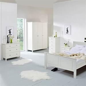 Commode Blanche Chambre : 15 commodes blanches pour une chambre apaisante blog but ~ Teatrodelosmanantiales.com Idées de Décoration