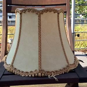 Lampenschirm Für Stehlampe : alter lampenschirm wird neue stehlampe upcycling diy ~ Orissabook.com Haus und Dekorationen