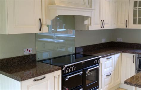 how to tile kitchen splashback should i choose splashbacks or upstands diy kitchens 7369