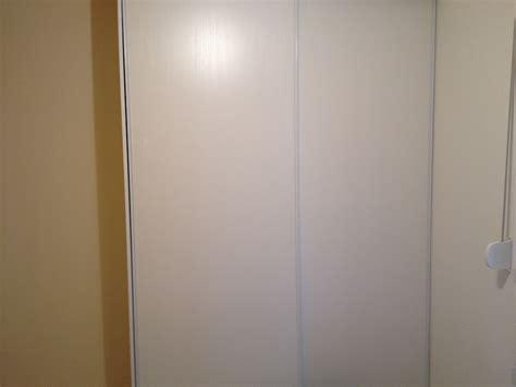 placard intégré chambre réaliser un placard intégrer soi même à moindre coût