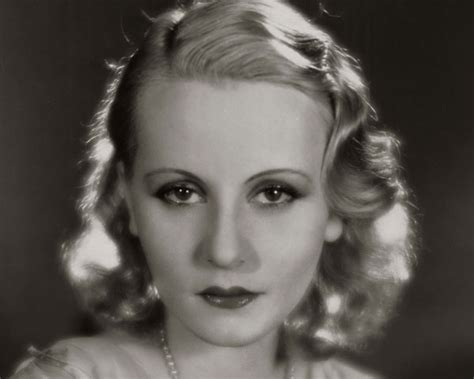 1920s & Retro Hairstyles Photos