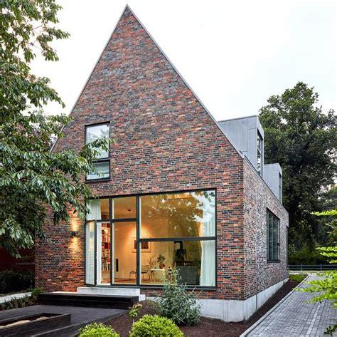 Moderne Häuser Mit Klinker by Modernes Satteldachhaus Mit Backsteinfassade Sch 214 Ner