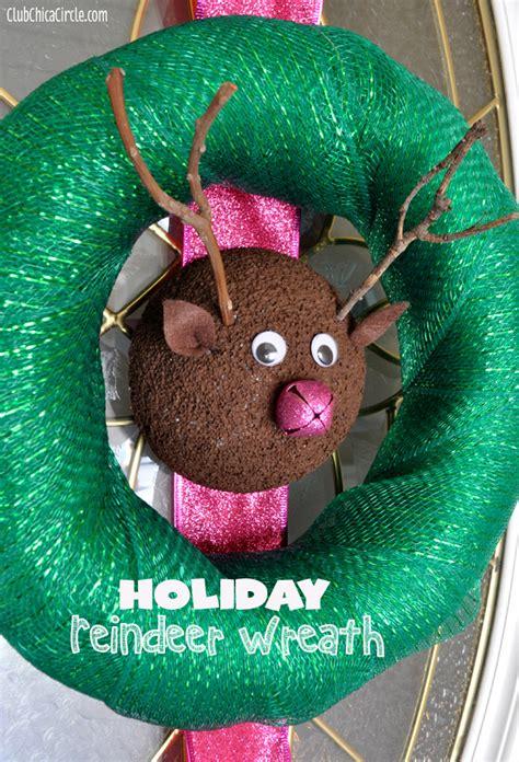 Homemade Reindeer Holiday Wreath Craft