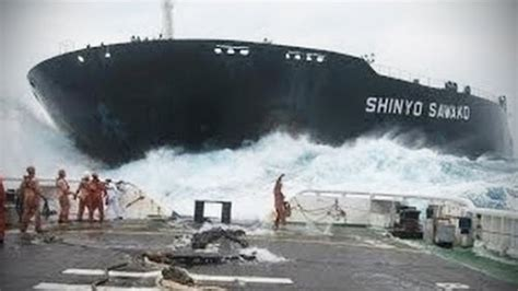 Epic Ship Crashes [tnt Channel]