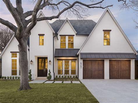 Home Design Ideas Exterior by White House With Black Trim Design Ideas And Photos Http