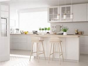 idees decoration pour egayer une cuisine blanche simon mage With decorer cuisine toute blanche