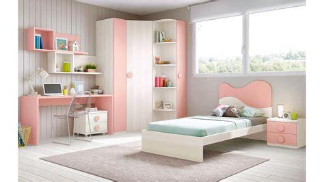 lit chambre fille chambre fille de couleur peps avec lit