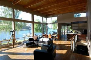 Central Washington River Residence By McClellan Architects
