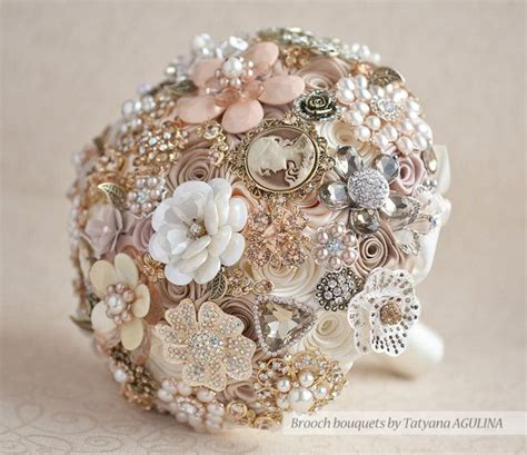 1000 Ideas About Brooch Bouquets On Pinterest Bouquets