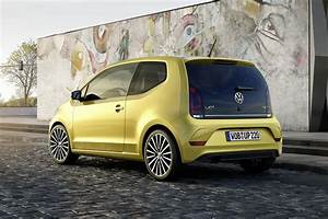 Vw Up Auto : 2016 volkswagen up facelift revealed with 1 0 tsi turbo engine and manly grille autoevolution ~ Medecine-chirurgie-esthetiques.com Avis de Voitures